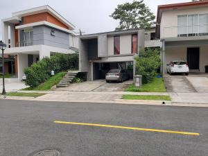 Casa En Ventaen San Francisco De Heredia, Heredia, Costa Rica, CR RAH: 20-1646
