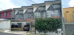 Apartamento En Alquileren San Francisco De Heredia, Heredia, Costa Rica, CR RAH: 20-1660