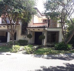 Casa En Ventaen Rio Oro, Santa Ana, Costa Rica, CR RAH: 20-1662