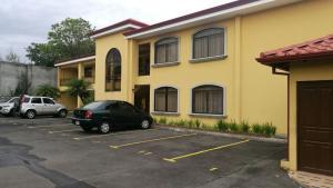 Apartamento En Ventaen San Francisco De Heredia, Heredia, Costa Rica, CR RAH: 20-1685