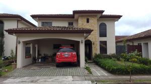 Casa En Ventaen Quebradilla, Cartago, Costa Rica, CR RAH: 20-1699