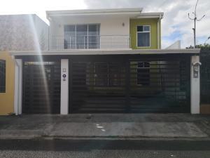 Casa En Ventaen San Rafael, San Rafael, Costa Rica, CR RAH: 20-1714