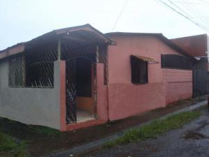 Casa En Ventaen Guapiles, Pococi, Costa Rica, CR RAH: 20-1744