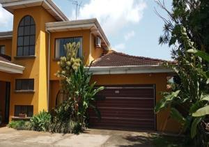 Casa En Ventaen Sabana, San Jose, Costa Rica, CR RAH: 20-1834