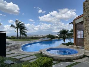 Apartamento En Alquileren Rio Oro, Santa Ana, Costa Rica, CR RAH: 20-1825