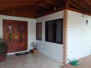 Casa En Ventaen Carmen, Cartago, Costa Rica, CR RAH: 20-1822