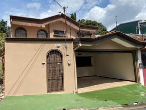 Casa En Ventaen Alajuela, Alajuela, Costa Rica, CR RAH: 20-1843