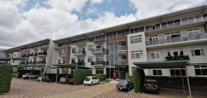 Apartamento En Ventaen Santa Ana, Santa Ana, Costa Rica, CR RAH: 20-1854