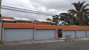 Apartamento En Alquileren Pinares, Curridabat, Costa Rica, CR RAH: 20-1916