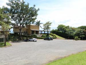 Apartamento En Alquileren Rio Oro, Santa Ana, Costa Rica, CR RAH: 20-1914