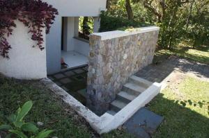 Apartamento En Alquileren Santa Ana, Santa Ana, Costa Rica, CR RAH: 20-1939