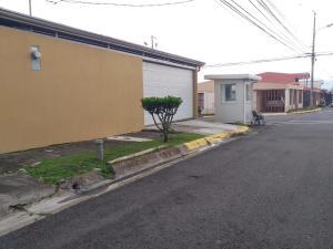 Casa En Ventaen Sabanilla, Montes De Oca, Costa Rica, CR RAH: 20-1952