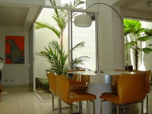 Casa En Alquileren San Rafael Escazu, Escazu, Costa Rica, CR RAH: 20-1965