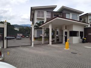 Apartamento En Ventaen San Sebastian, San Jose, Costa Rica, CR RAH: 20-2011