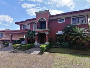 Casa En Ventaen San Antonio, Escazu, Costa Rica, CR RAH: 20-2061