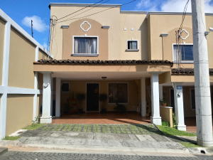 Casa En Ventaen Pinares, La Union, Costa Rica, CR RAH: 20-2068