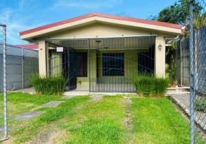 Casa En Ventaen Guapiles, Pococi, Costa Rica, CR RAH: 20-2087