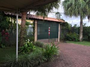 Casa En Ventaen La Garita, Alajuela, Costa Rica, CR RAH: 20-2100