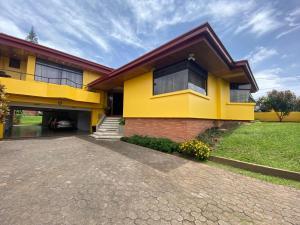 Casa En Ventaen Moravia, Moravia, Costa Rica, CR RAH: 20-2105