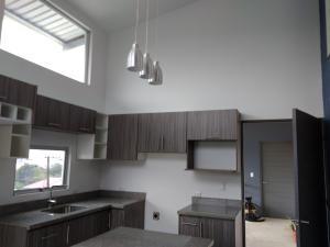 Apartamento En Alquileren San Ramon - La Union, La Union, Costa Rica, CR RAH: 20-2107