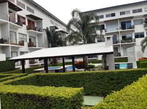Apartamento En Alquileren Santa Ana, Santa Ana, Costa Rica, CR RAH: 20-2117