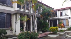 Apartamento En Alquileren Barrio Dent, Montes De Oca, Costa Rica, CR RAH: 20-2128