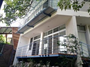 Apartamento En Alquileren Pozos, Santa Ana, Costa Rica, CR RAH: 20-2149