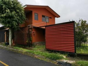Casa En Ventaen San Pedro, Santa Barbara, Costa Rica, CR RAH: 20-2154