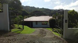 Casa En Ventaen Santa Barbara, Santa Barbara, Costa Rica, CR RAH: 20-2164