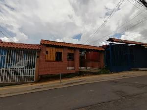 Casa En Ventaen Concepcion, Alajuelita, Costa Rica, CR RAH: 20-2168
