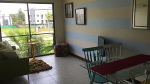Apartamento En Alquileren Heredia, Heredia, Costa Rica, CR RAH: 20-2173