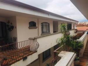 Apartamento En Ventaen San Isidro, Vazquez De Coronado, Costa Rica, CR RAH: 20-2178