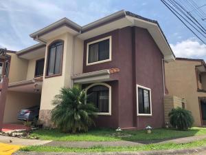 Casa En Ventaen Desamparados, Alajuela, Costa Rica, CR RAH: 20-2186