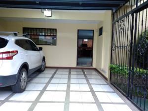 Casa En Ventaen San Rafael - Oreamuno, Oreamuno, Costa Rica, CR RAH: 20-2196