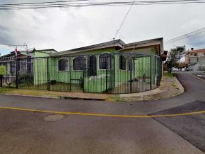 Casa En Ventaen Moravia, Moravia, Costa Rica, CR RAH: 20-281