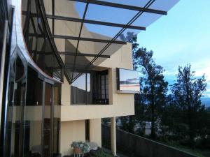 Casa En Ventaen Escazu, Escazu, Costa Rica, CR RAH: 21-18