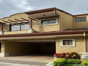 Casa En Alquileren Escazu, Escazu, Costa Rica, CR RAH: 21-30