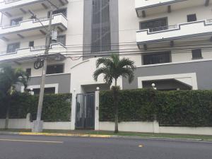 Apartamento En Alquileren Trejos Montealegre, Escazu, Costa Rica, CR RAH: 21-46