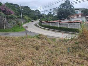 Terreno En Alquileren Piedades, Santa Ana, Costa Rica, CR RAH: 21-71