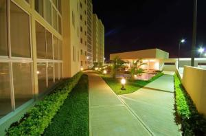 Apartamento En Alquileren Heredia, Heredia, Costa Rica, CR RAH: 21-83