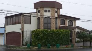 Casa En Ventaen Moravia, Moravia, Costa Rica, CR RAH: 21-86