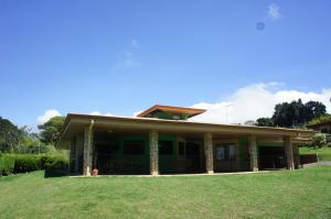 Casa En Ventaen San Rafael De Heredia, San Rafael, Costa Rica, CR RAH: 21-92