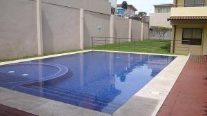 Apartamento En Alquileren Tibas, Tibas, Costa Rica, CR RAH: 21-112