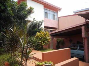 Casa En Ventaen San Francisco De Dos Rios, San Jose, Costa Rica, CR RAH: 21-113