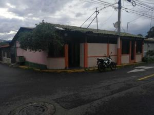 Local Comercial En Ventaen Heredia, Heredia, Costa Rica, CR RAH: 21-128