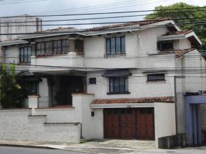 Casa En Ventaen Heredia Centro, Heredia, Costa Rica, CR RAH: 21-142