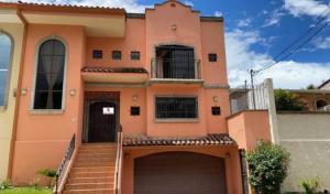 Casa En Ventaen Escazu, Escazu, Costa Rica, CR RAH: 21-130