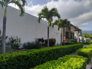 Apartamento En Alquileren Santa Ana, Santa Ana, Costa Rica, CR RAH: 21-165
