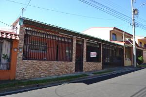 Casa En Ventaen San Pedro, Santa Barbara, Costa Rica, CR RAH: 21-160