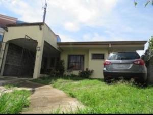 Casa En Ventaen Alajuela Centro, Alajuela, Costa Rica, CR RAH: 21-168